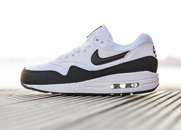 Nike Air Max 1 Essential White Metallic Silver Black (6)