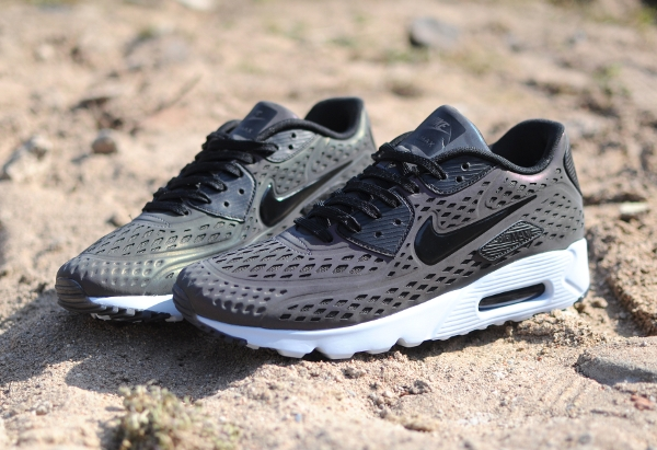 Nike Air Max 90 Ultra Moire Deep Pewter Holographic (2)