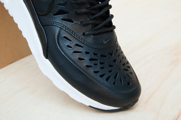 Où acheter la Nike Air Max Thea Joli Black ?