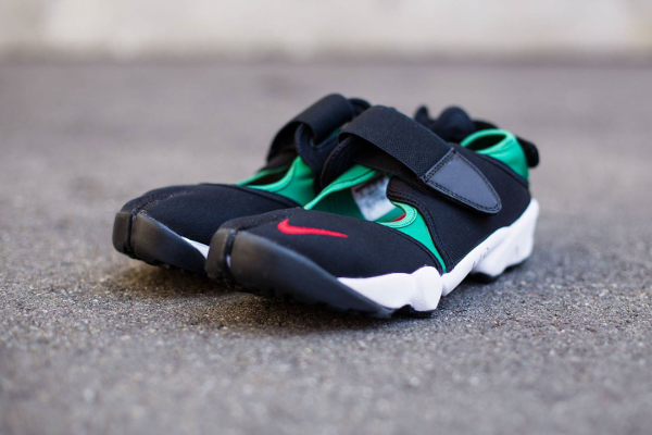 Nike Air Rift Black Atom Red-Forest-White QS-1