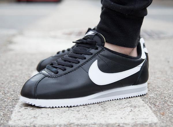 nike cortez cuir noir,Nike Cortez en cuir noir