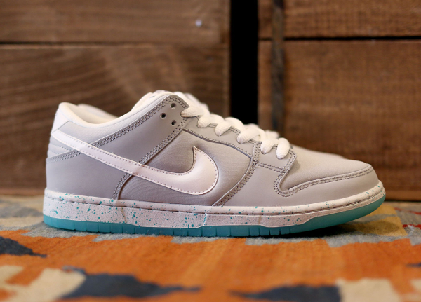 Nike Dunk Low SB Marty Mcfly (4)