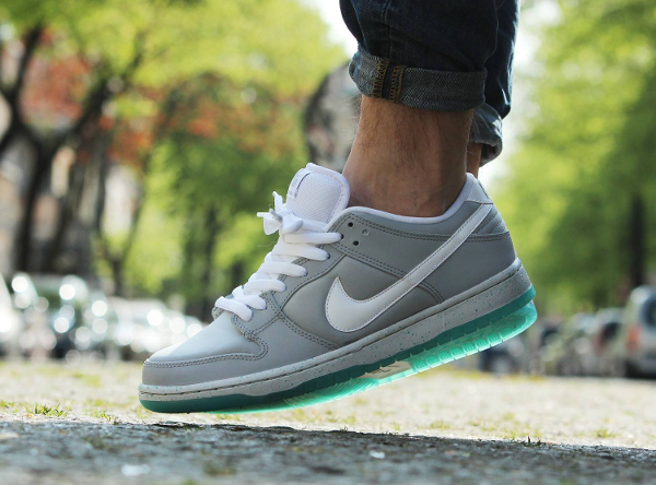 Nike Dunk Low SB Marty Mcfly (8)