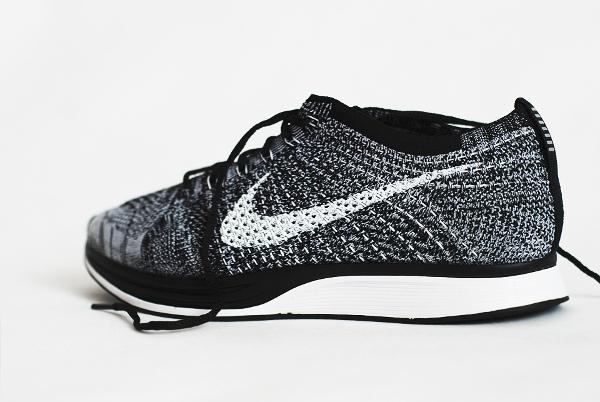 Nike Flyknit Racer Black White Oreo 2015 (2)