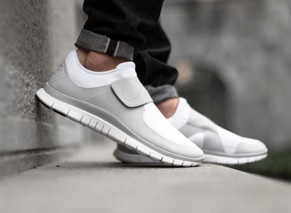 Nike Free Socfly (Sock Racer) Triple White (blanc) (1)