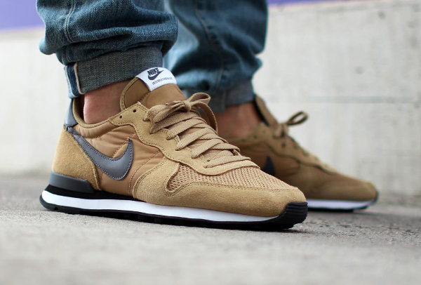 nike internationalist id homme