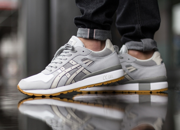 Asics GT 2 Summer Grey Mesh Light Grey aux pieds