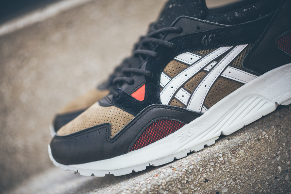 Asics Tiger Gel Lyte V x Highs and Lows 'Medic'  (1)