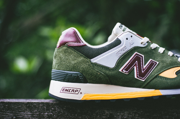 New Balance M577 Dark Green Yellow (7)