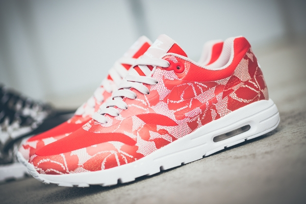 Nike Air Max 1 Ultra SP Bright Crimson Lace (1)