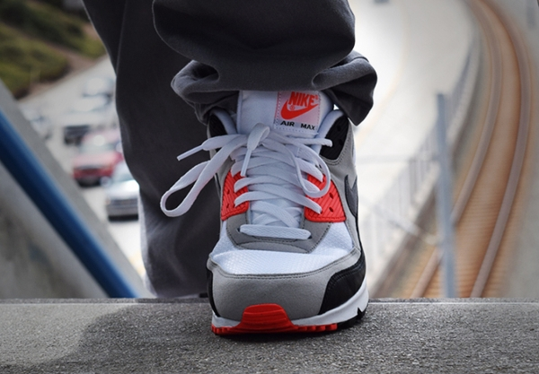Nike Air Max 90 OG White Cool Grey Infrared 2015 (1)