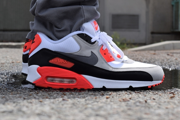 Nike Air Max 90 OG White Cool Grey Infrared 2015 (5)