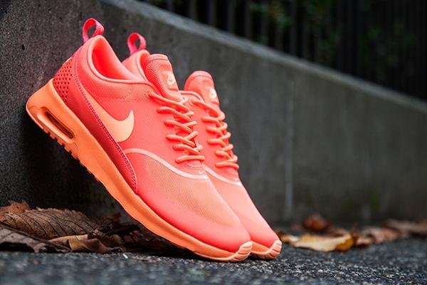 Nike Air Max Thea Hot Lava (2)