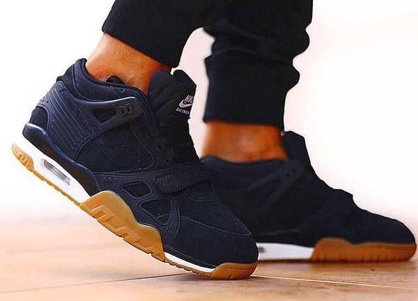 Nike Air Trainer 3 Black Gum Suede (1)