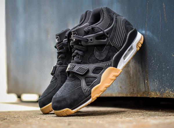 Nike Air Trainer 3 Black Gum Suede (1)