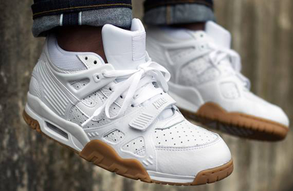 Nike Air Trainer 3 White Gum aux pieds (3)