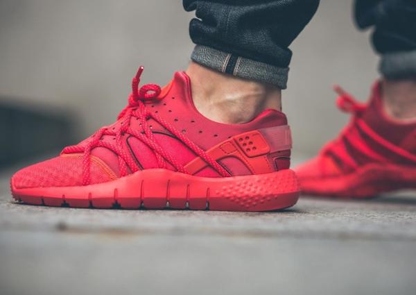 Nike Huarache Nm Rouge
