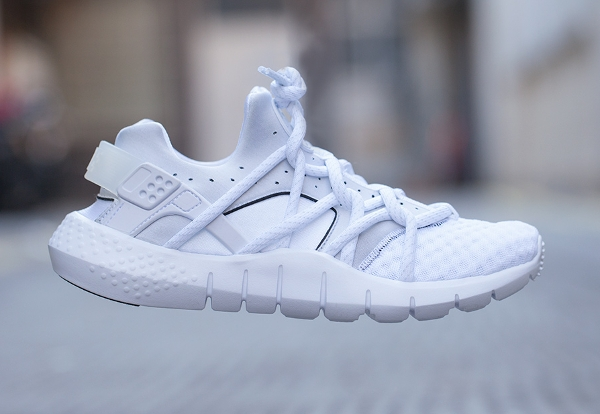 Nike Huarache Natural Motion White Sail (1)