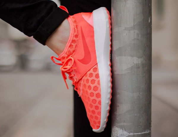 Nike Juvenate Hot Lava (femme) (2)
