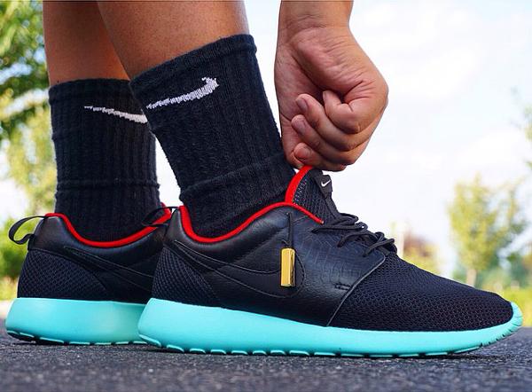Nike Roshe Run customisée Yeezy Solar Red - Aaron Chang-1