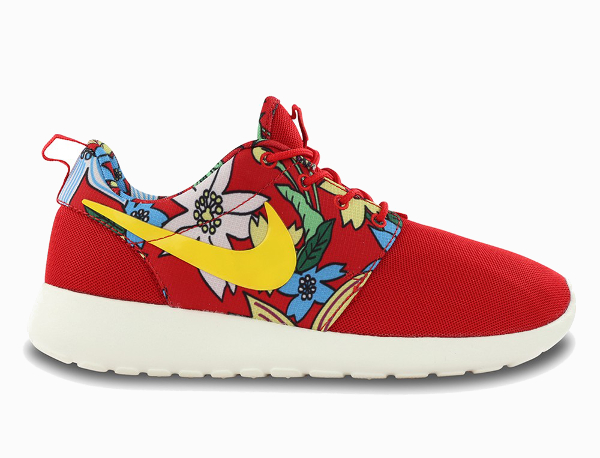 Nike Sportswear Aloha University Red (2)
