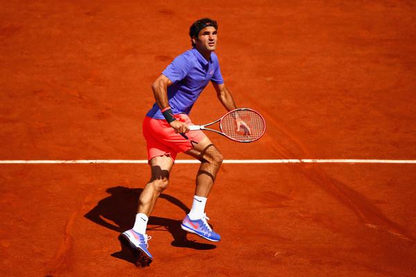 Roger Federer en Nike Zoom Vapor 9.5 Tour Roland Garros 2015 (1)