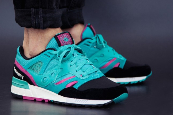 Saucony Grid SD Games Pack Teal Black aux pieds