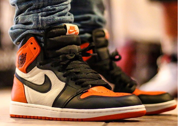 Air Jordan 1 Retro Shattered Backboard aux pieds