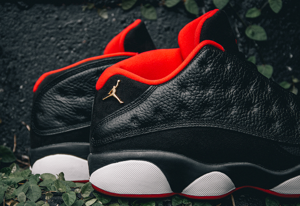 Air Jordan 13 Retro Low Black Metallic Gold Red (7)