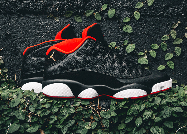Air Jordan 13 Retro Low Black Metallic Gold Red (8)