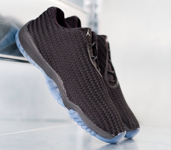 Air Jordan Future Low Black Metallic Silver (3)