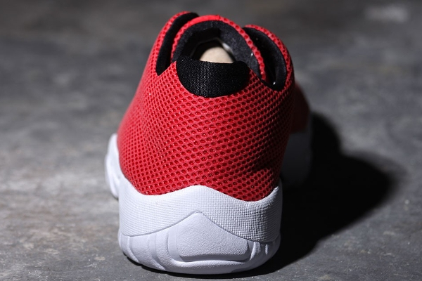 Air Jordan Future Low Mesh Rouge 3M (5)