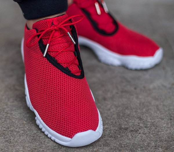 O 249 Acheter La Air Jordan Future Low University Red