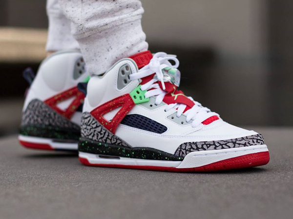 Air Jordan Spizike White Light Poison Green