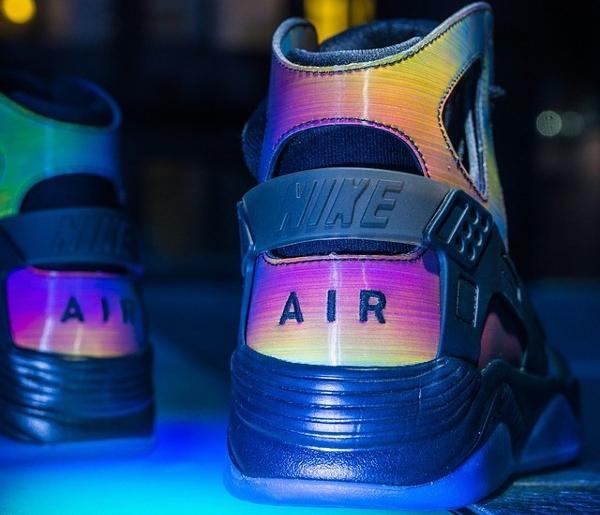 Nike Air Flight Huarache Premium Quai 54  (1)