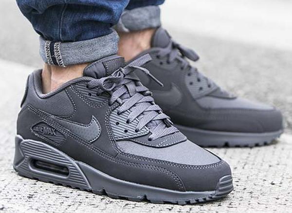 finest selection 36d65 a75c3 Nike Air Max 90 Essential Dark Grey