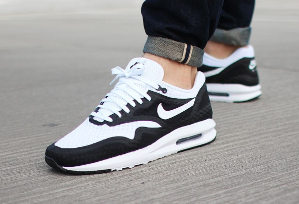 reduced air max lunar 1 white and black 52426 c9272