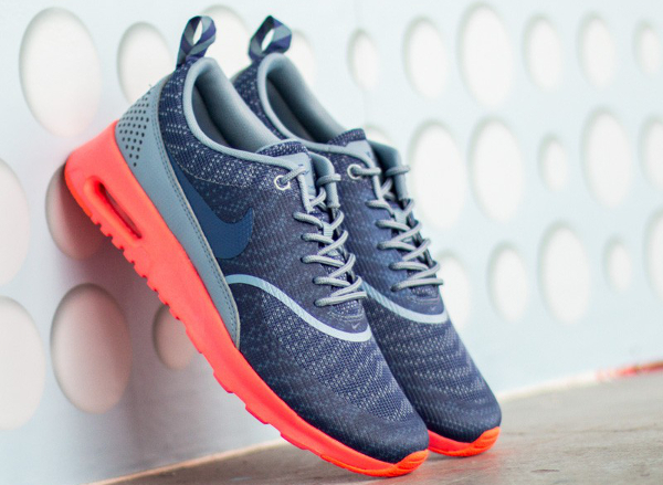Nike Air Max Thea JCRD Cool Blue Hot Lava (1)