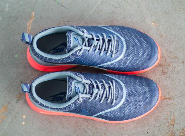 Nike Air Max Thea JCRD Cool Blue Hot Lava (4)