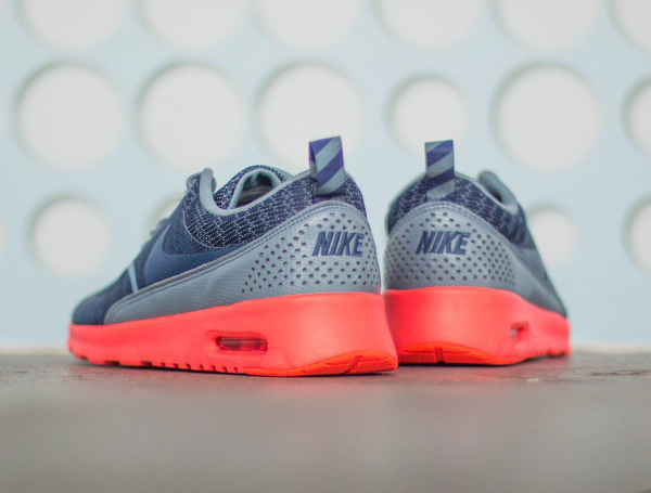 Nike Air Max Thea JCRD Cool Blue Hot Lava (5)