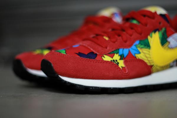 Nike Air Pegasus Print Aloha Red Floral (2)