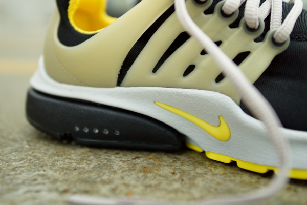 Nike Air Presto OG 2015 Black Grey Yellow Streak (3)