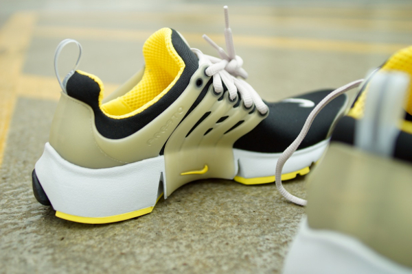 Nike Air Presto OG 2015 Black Grey Yellow Streak (4)