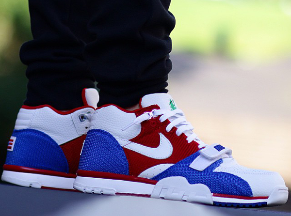 Nike Air Trainer 1 Puerto Rico QS (1)