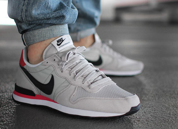Nike Internationalist Neutral Grey Infrared