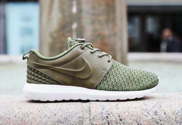 Nike Roshe NM Flyknit Premium Vert Kaki (1)