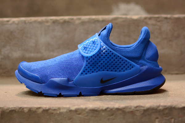 Nike Sock Dart Blue Independence Day (1)