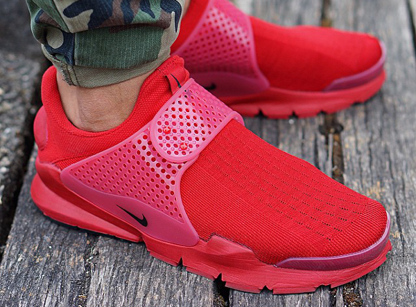 Nike Sock Dart Red Independence Day (3)