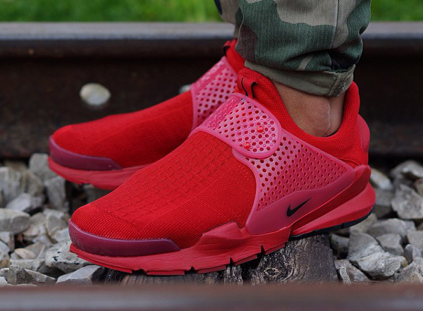 Nike Sock Dart Red Independence Day (4)