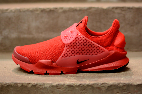 Nike Sock Dart Red Independence Day (5)